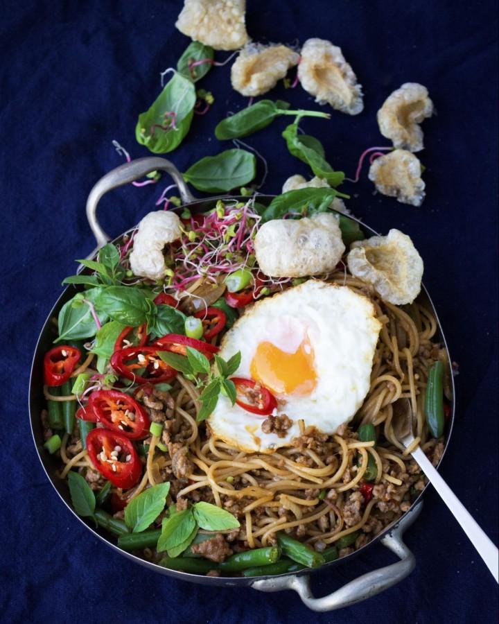 Thai-Style Minced Meat Pasta by Vasun