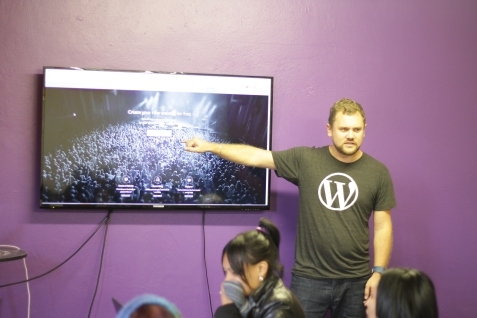 Hugh introducing WordPress.com