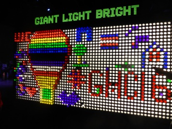 "closing party ""Giant Light Bright"""